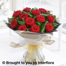 12 Luxury  Long Stem Roses Hand tied